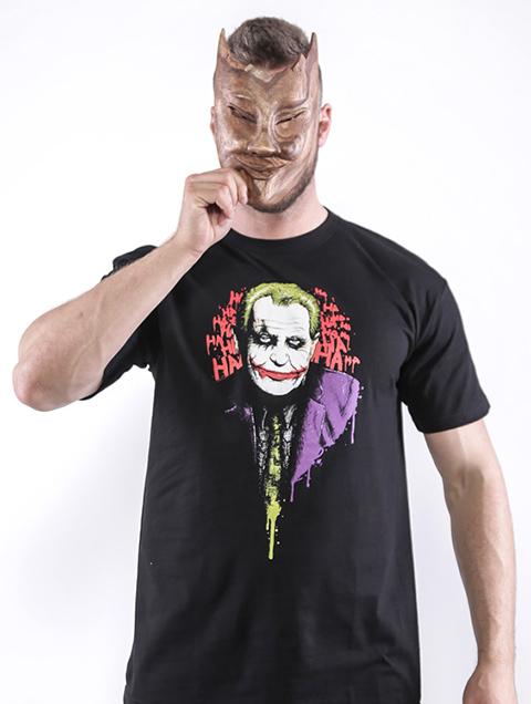 Predvolebné tričká Zemanových odporcov